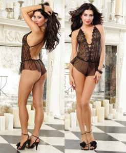 9663 Dreamgirl, Sheer scalloped embroidery romper with flutter short